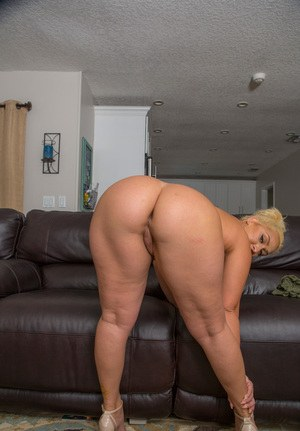 Milf with big butt